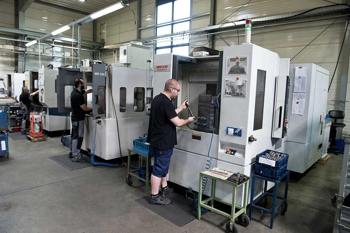 Neueder_Maschinenbau_Arbeiter