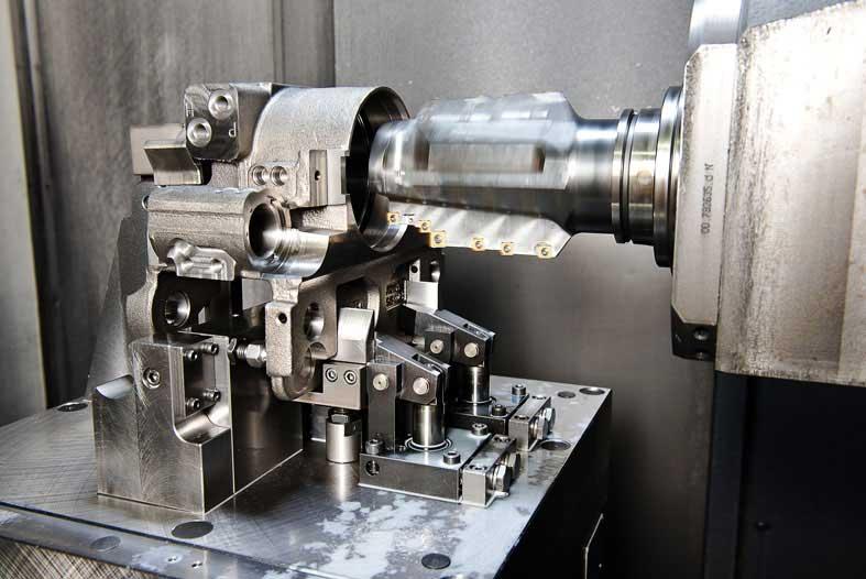 Neueder Maschinenbau Fräsen